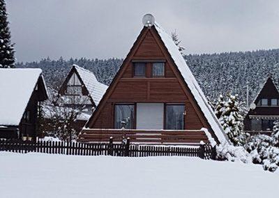 Ferienhaus-Fichtelgebirge-Nagel-am-see-Winter-Ansicht-01